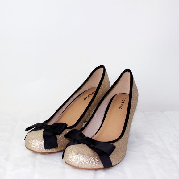 37a12003c49 Women's Torrid 10W Gold Glitter Heels